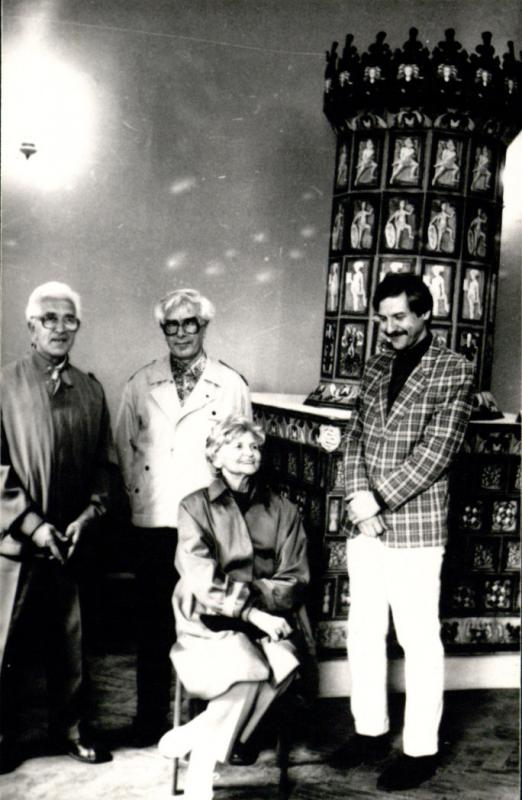 M. Gimbutienė su archeologais Vytautu Urbonavičiumi, Adolfu Tautavičiumi, Albinu Kuncevičiumi