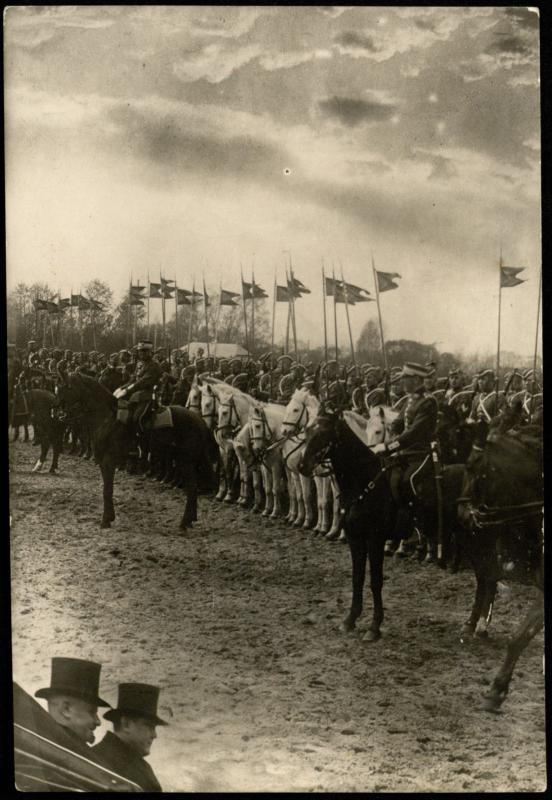Kavalerijos pulko paradas