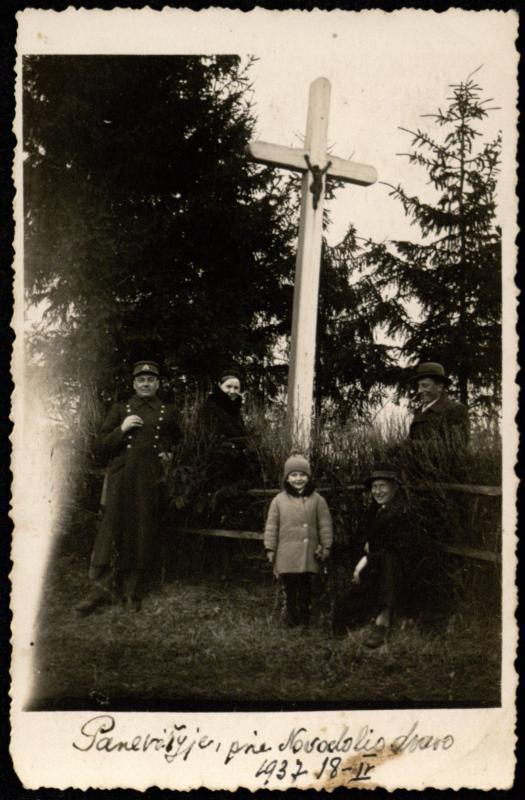 Kapelionas kun. Jonas Vaišnoras (kairėje)