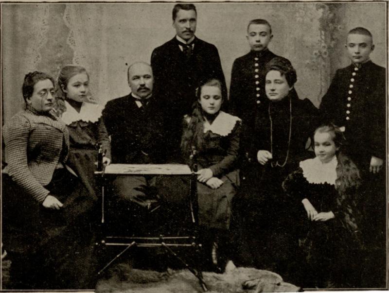 Petras Vileišis su šeima apie 1900 m.