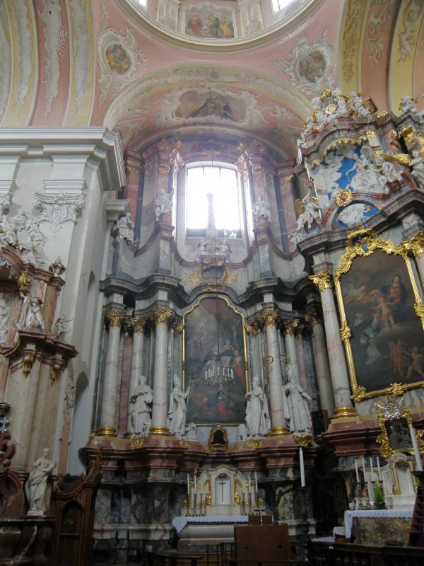 Šv. Tomo Akviniečio altorius su Bažnyčios tėvų skulptūromis (šv. Jeronimas – pirmas iš kairės), XVIII a. II p.